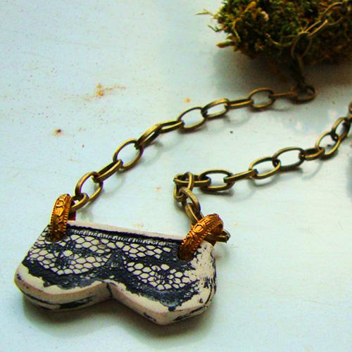 brasslace1.jpg