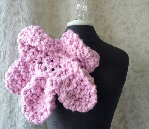 pink-flower-brooch-front-3-picnik.jpg