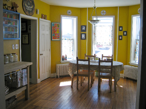 A Peek Inside Indie Home Tours With Heidi Kenney Of My