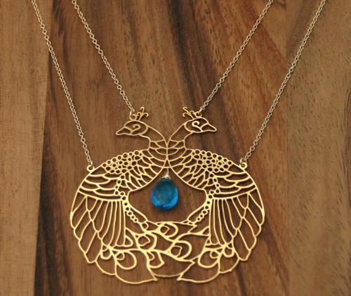 pendant_peacock_knations1.jpg