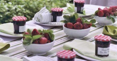 fruit tablescapes