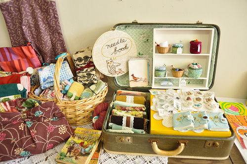 suitcase craft show display