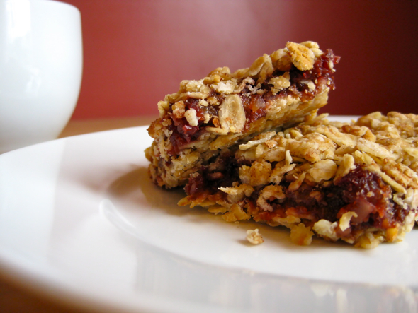 Fruit and Nut Granola Bars recipe