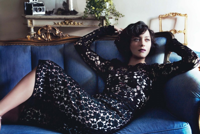 img-marion-cotillard-blue-hour_191758549687.jpg_article_gallery_slideshow_v2