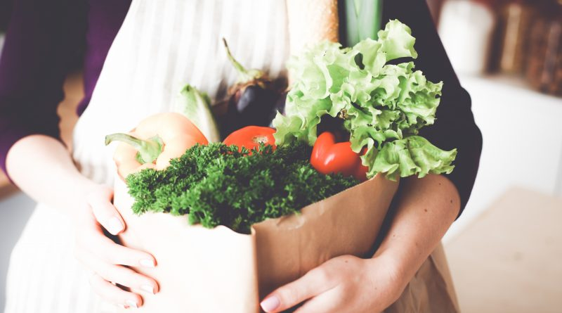 7 Super Simple Solutions for Reducing Kitchen Food Waste Now